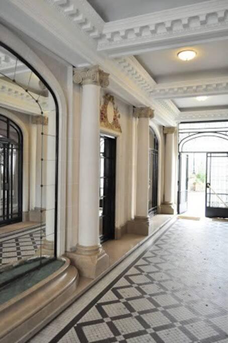Building entrance view 2.