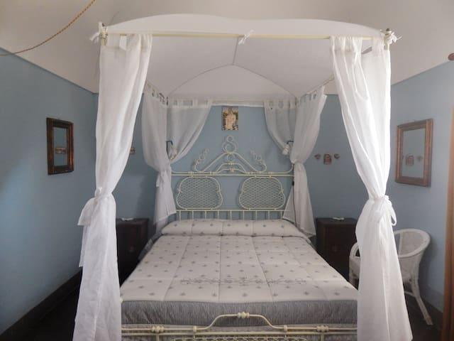 Appartamento privato in villa rurale Raineri