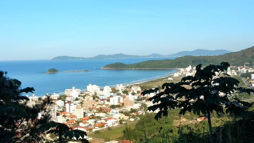 Apto. 200 mts da praia de Palmas do Arvoredo