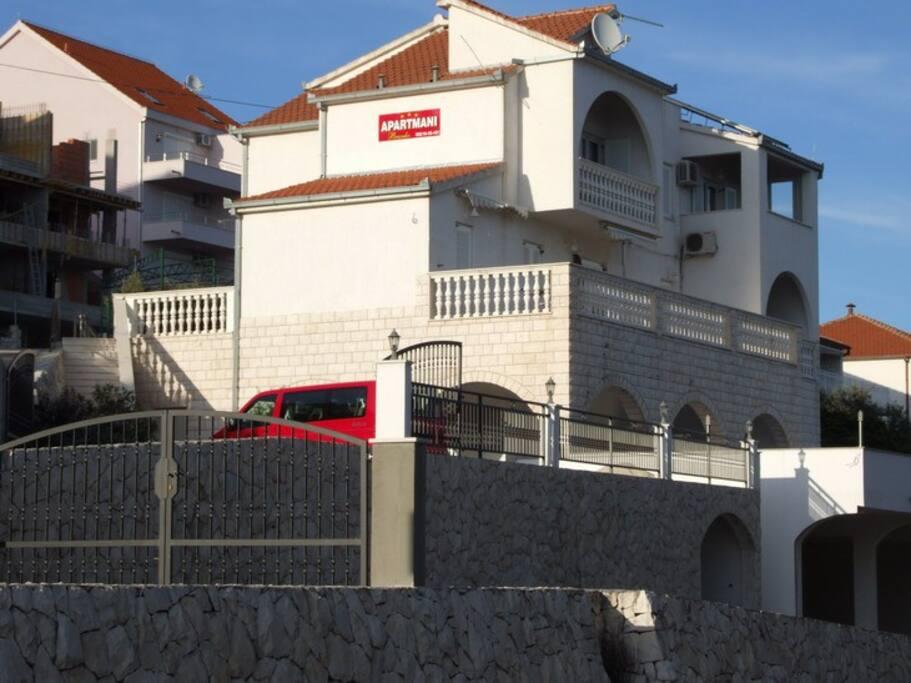 Villa BRANKO- SEGET DONJI