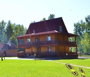 Дом Охотников недалеко от Минска - Smaliavičy