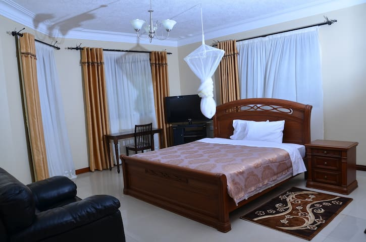 Royal Victoria House - Kampala - Bed & Breakfast