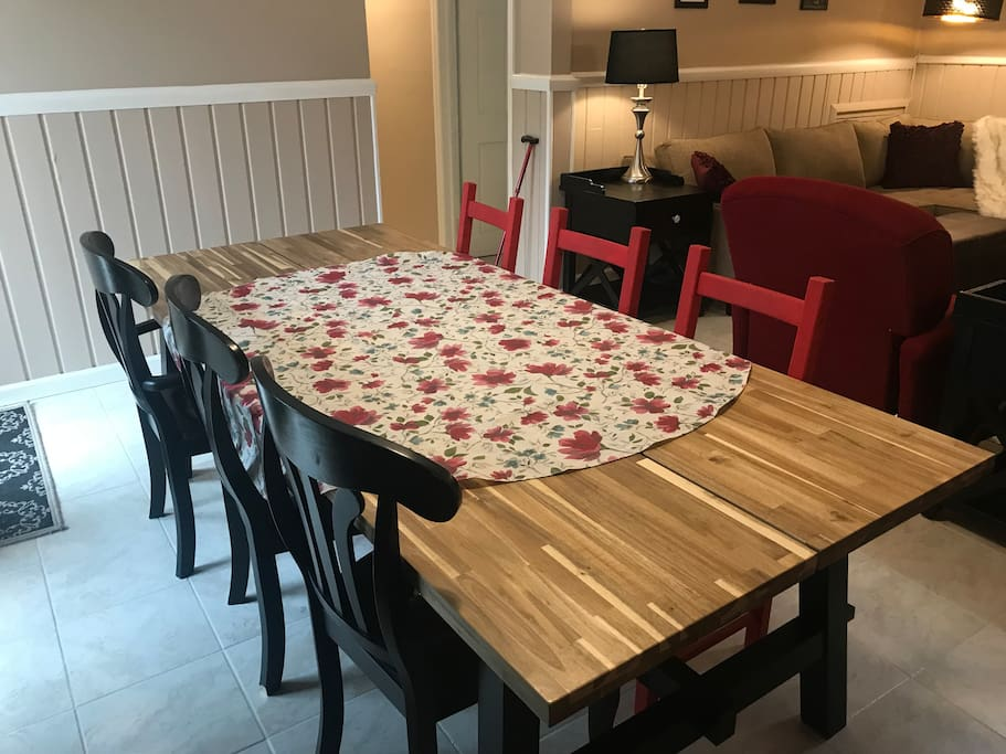 Large table for meals, games, work
