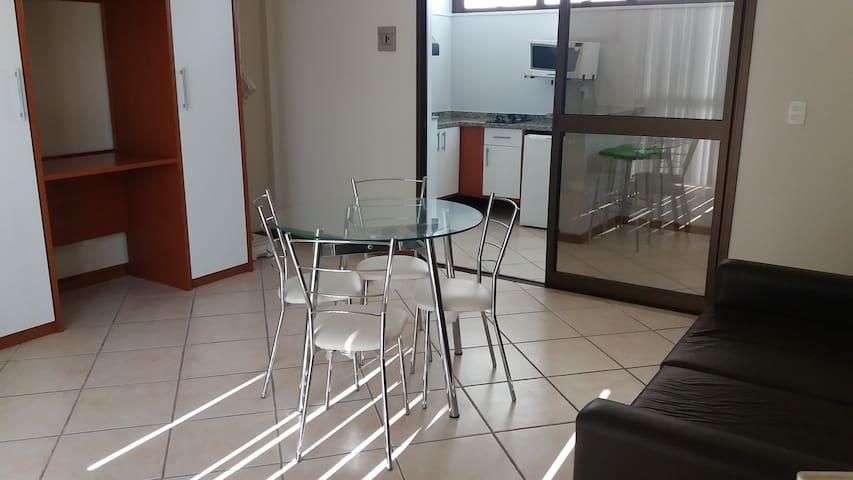 METRÓPOLIS APART HOTEL CONFORTO E PRATICIDADE.