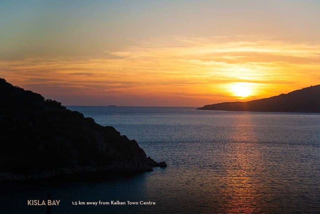 Sunset across Kalamar Bay