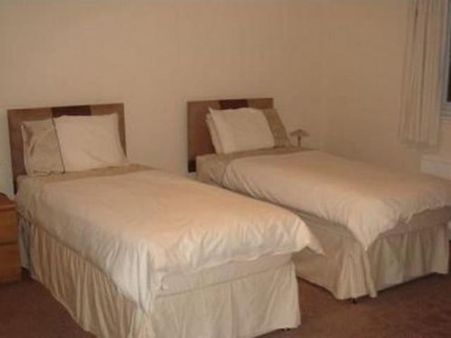 Comfortable Twin En-suite
