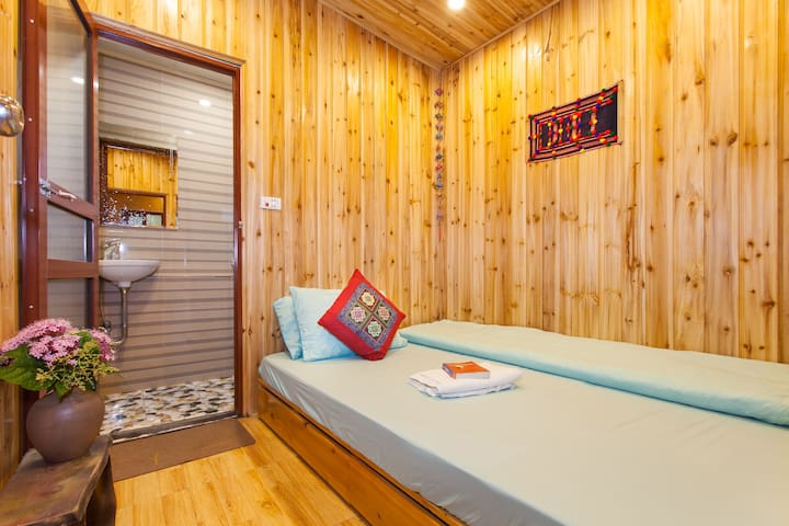 Double Bed with Private Room in Sapa Central