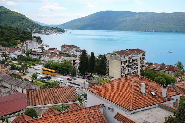 Квартира в 5-ти мин от моря - Herceg Novi - Appartement