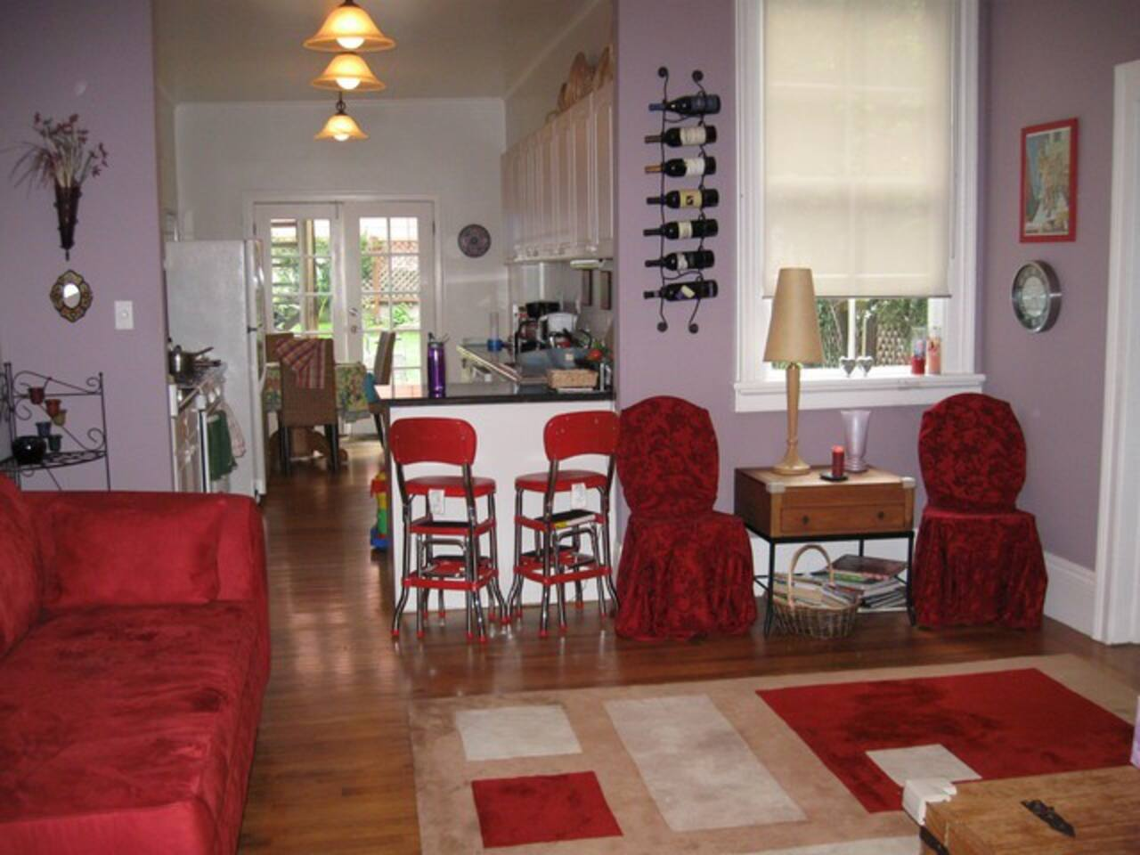 Lovely 2BR flat Great Location