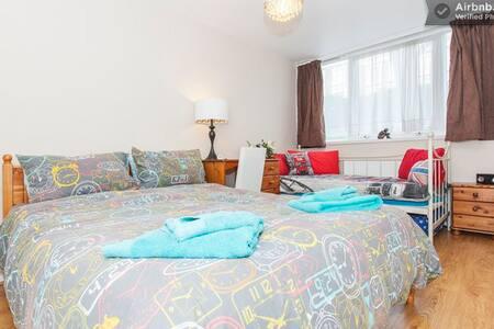 Breakfast - WiFi - Towels - Own Lock - O - London - Apartment