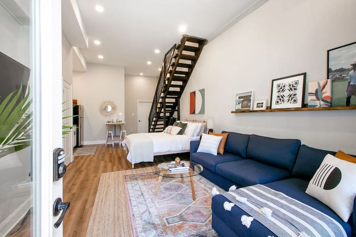 Sunny & Lofty in Manayunk w/ Private Outdoor Space