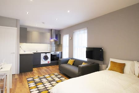 Modern Cleethorpes Studio Apartment