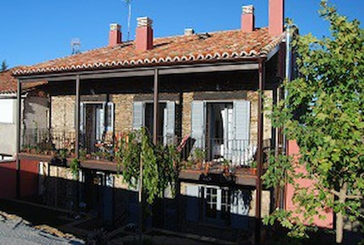 Una estancia exquisita - Hiendelaencina - Bed & Breakfast