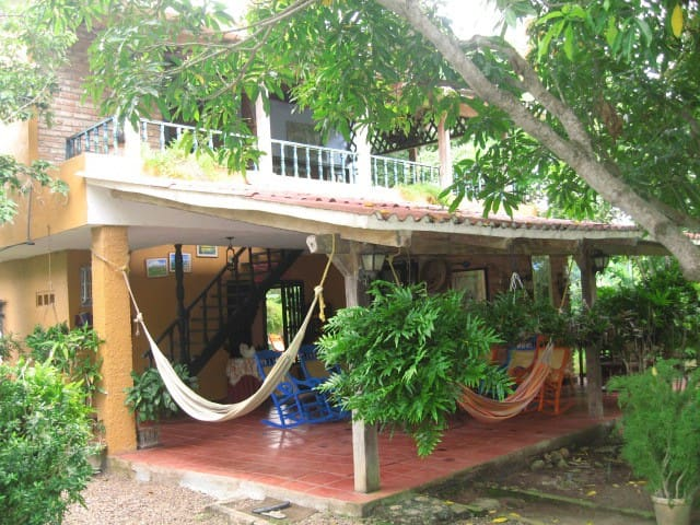 Relaxing Beach Cottage - Playa Mendoza - House