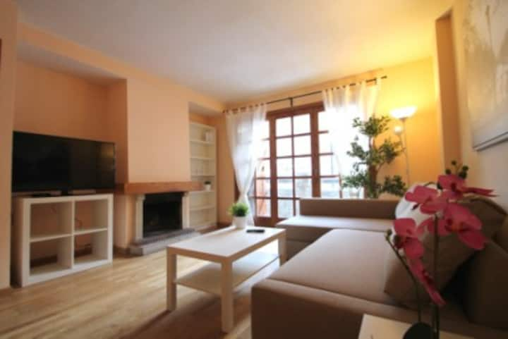 Warm apartment for 8 guests,Canillo