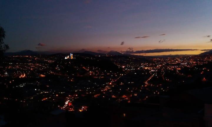 Excelente Vista de Quito