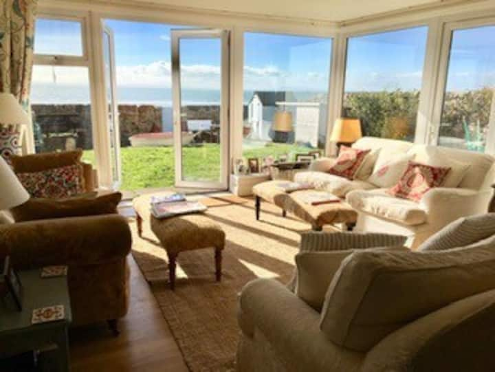 Elie house, direct access to beach