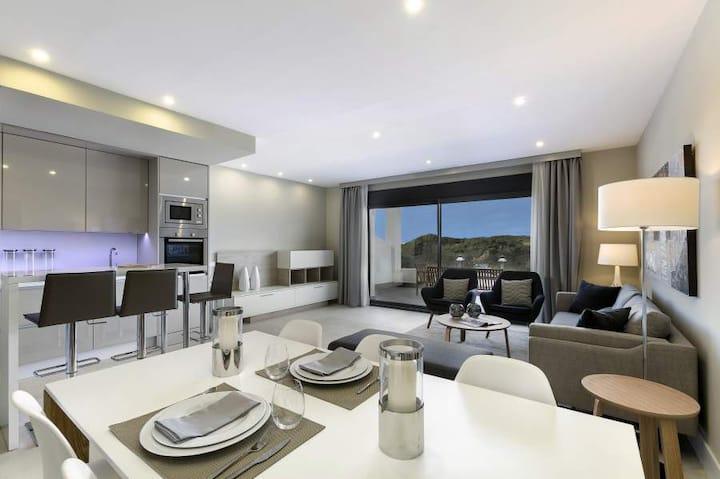 Ocean Hills Duplex Penthouse Appartement