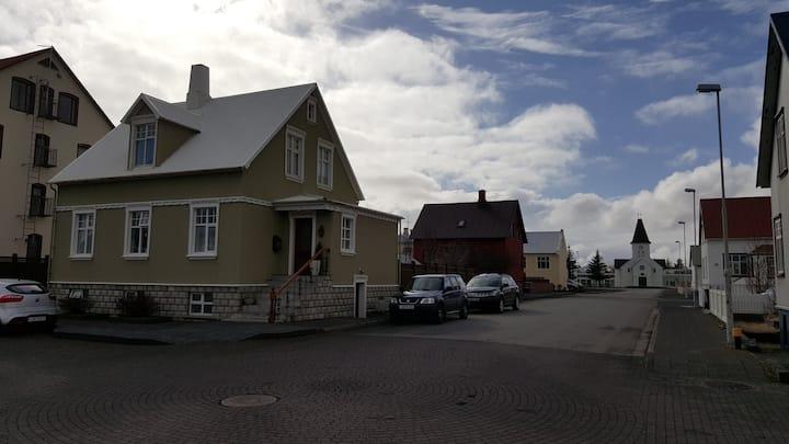 Keflavík Central Apartment