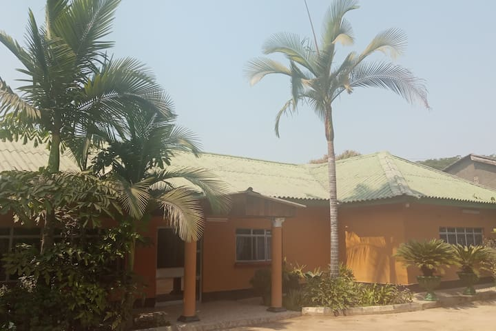 Mbetwa Residency