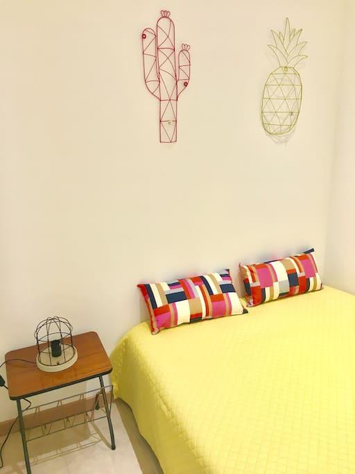 Chambre avec un vrai lit 2 pers