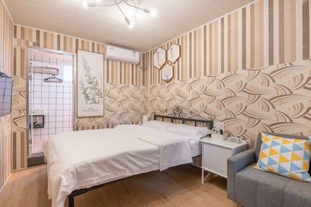 鼓浪屿岛上 近内厝澳码头 沙滩 日光岩 两人住舒适1.5米大床房
