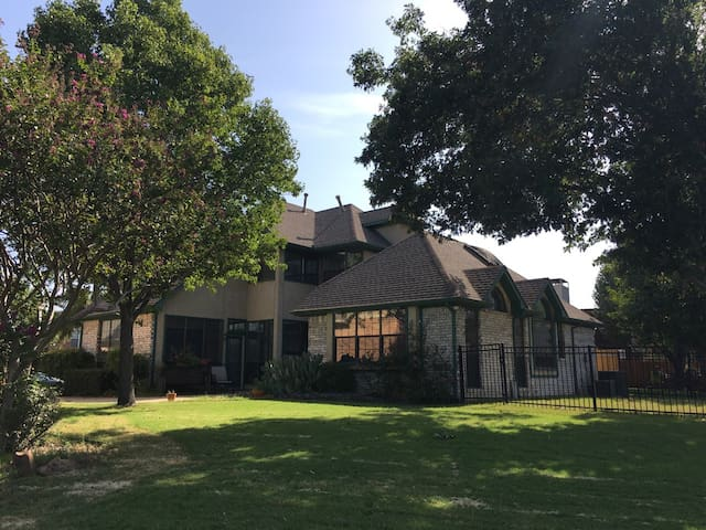 Golf Course House - Carrollton - House