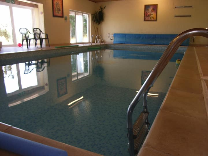 Ploughmans Cottage, Nr Tenby, shared indoor pool