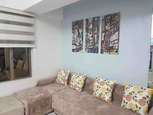 1bedroom condo near Araneta Center & Gateway Mall