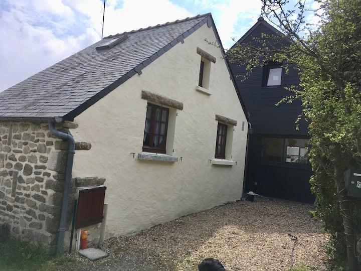 Petite maison à Kervarin
