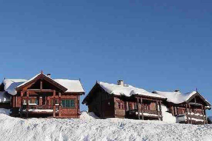Det er snø på Rauland! Koselig leilighet til leie.