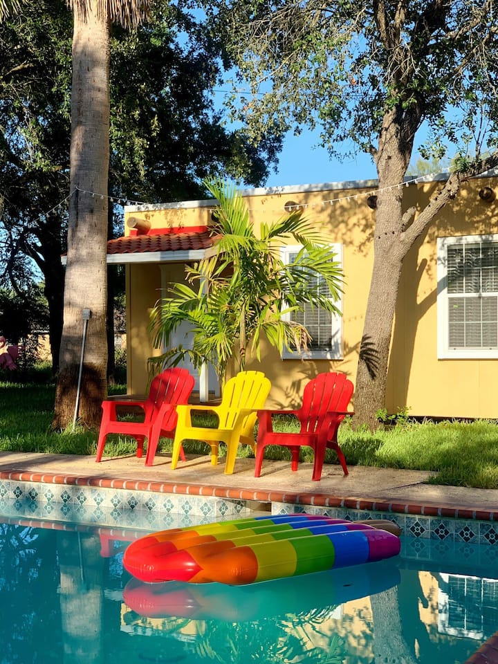 Pool Casita with Private Pool & Backyard
