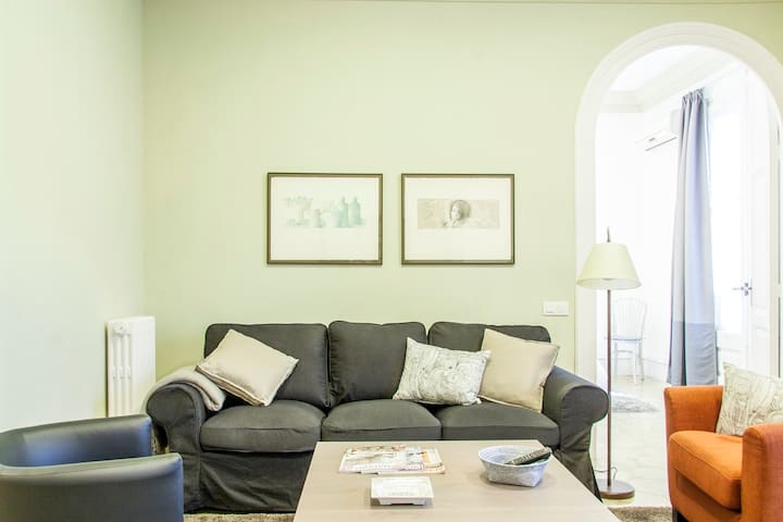 GREAT APARTMENT IN THE EIXAMPLE