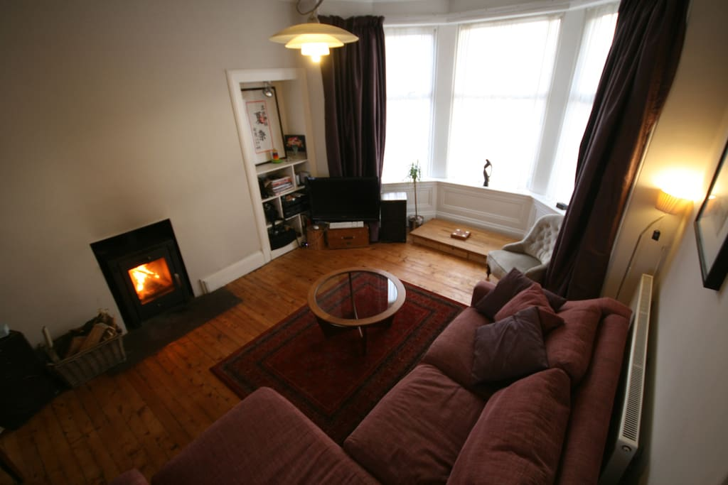 Cosy family home in ayrshire houses for rent in for Living room kilmarnock