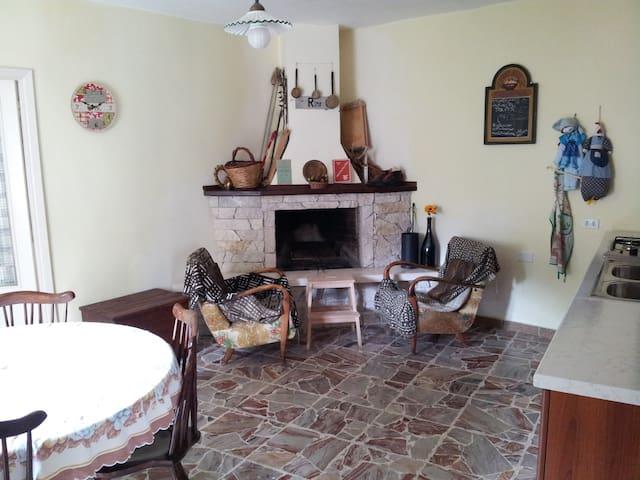 Casa dal sapore antico - Pettorano Sul Gizio - Haus