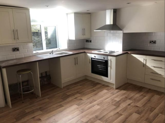 Single Room in Bronte Country