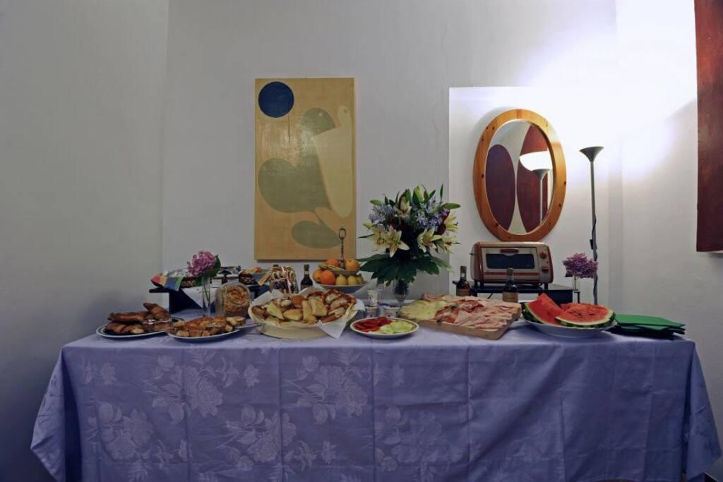 La nostra Saletta delle Colazioni- breakfast Room