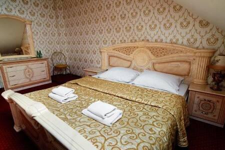 Apartament Rodzinny dwupoziomowy White