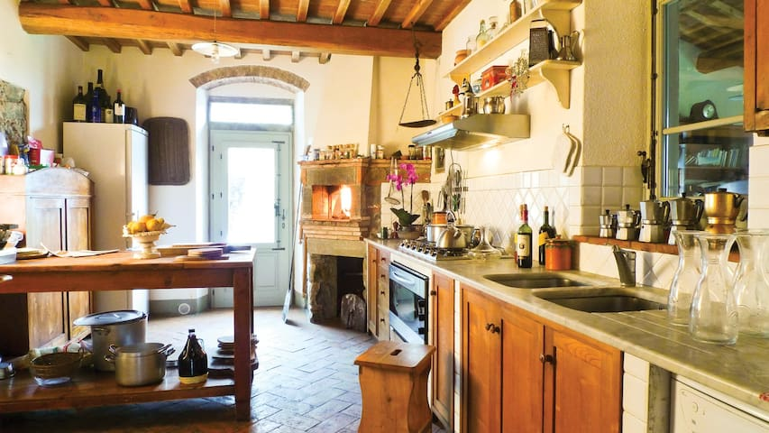 1st Kitchen fully equipped with dishwasher, electric oven, wood fired-pizza oven, fridge, freezer