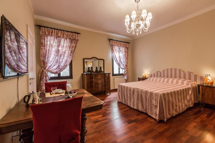 Malibran wonderful room in Venice