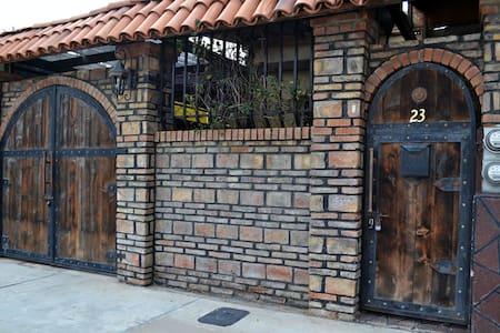 Rustic 2 bd/1ba home in Tecate,Mex. - Hacienda Tecate - Dům