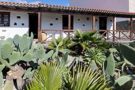 casa olimpia tipica canarias - Tamaimo - Rumah