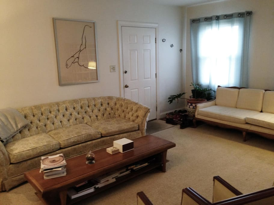 Charming sunny Living Room