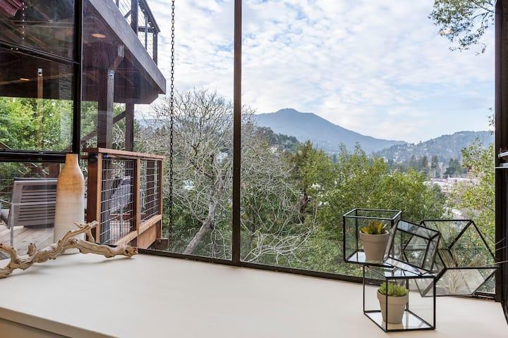 Modern Apartment & Stunning View