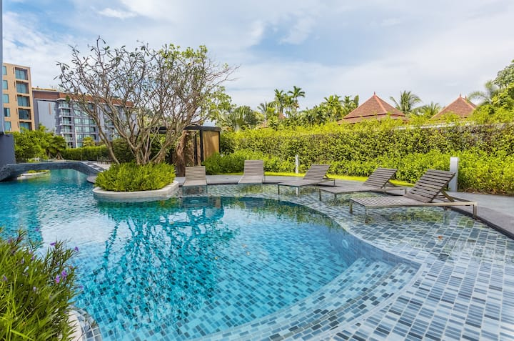 Homelike Family Apartment 2-BR. Pool on the roof with Sea View❤️Surin (610)