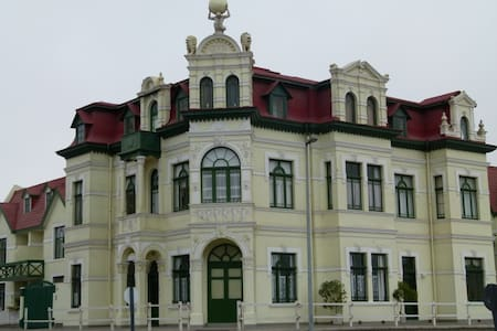 Historical Building in the Heart of Swakopmund - Swakopmund - Huoneisto