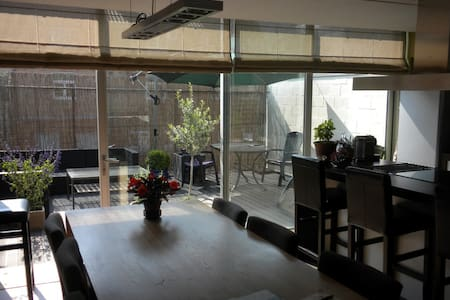 Large loft apartment, 110m², with 2 sunny terraces - Brügge
