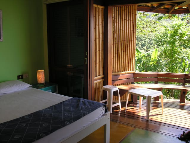 Apartamento em local paradisíaco - Ubatuba - Bed & Breakfast