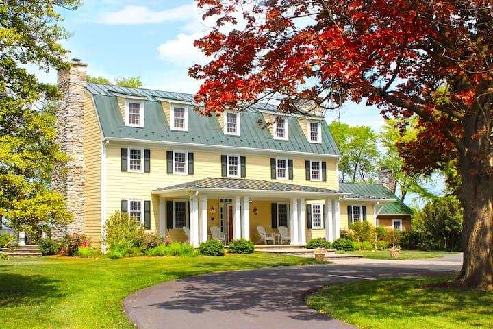 Hawthorn Estate Private Suite