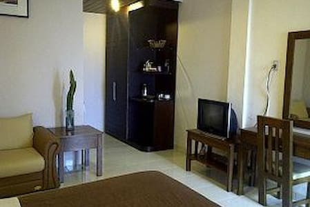 Saulina Hotel in Samosir - Pangururan